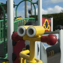 norley-playground-binoculars